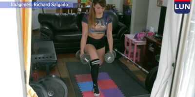 DIARIO LAS ÚLTIMAS NOTICIAS: Campeona de pesas entrena sobre triple alfombra para no molestar al departamento de abajo.